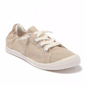 "Madden Girl ""Baailey Sneaker"""